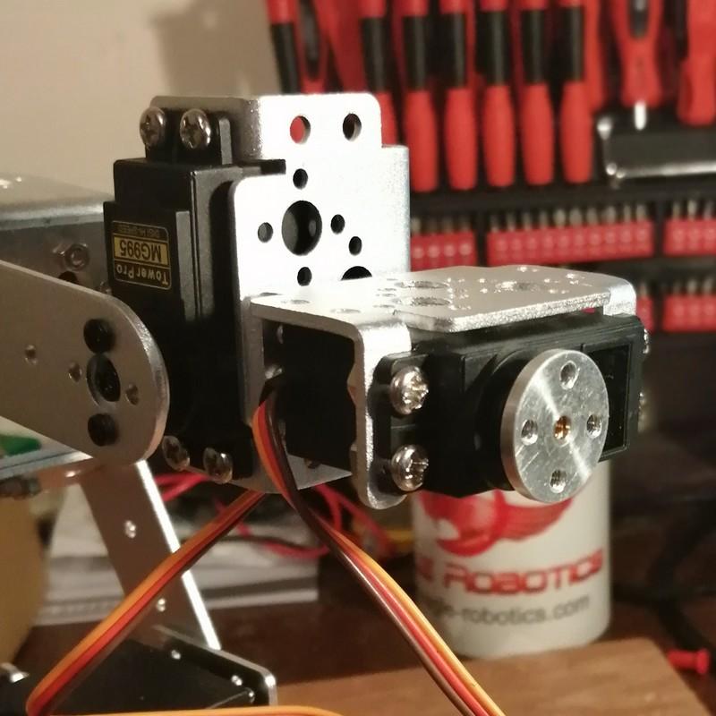 Phase17-2 Montage Bras robot Arduino