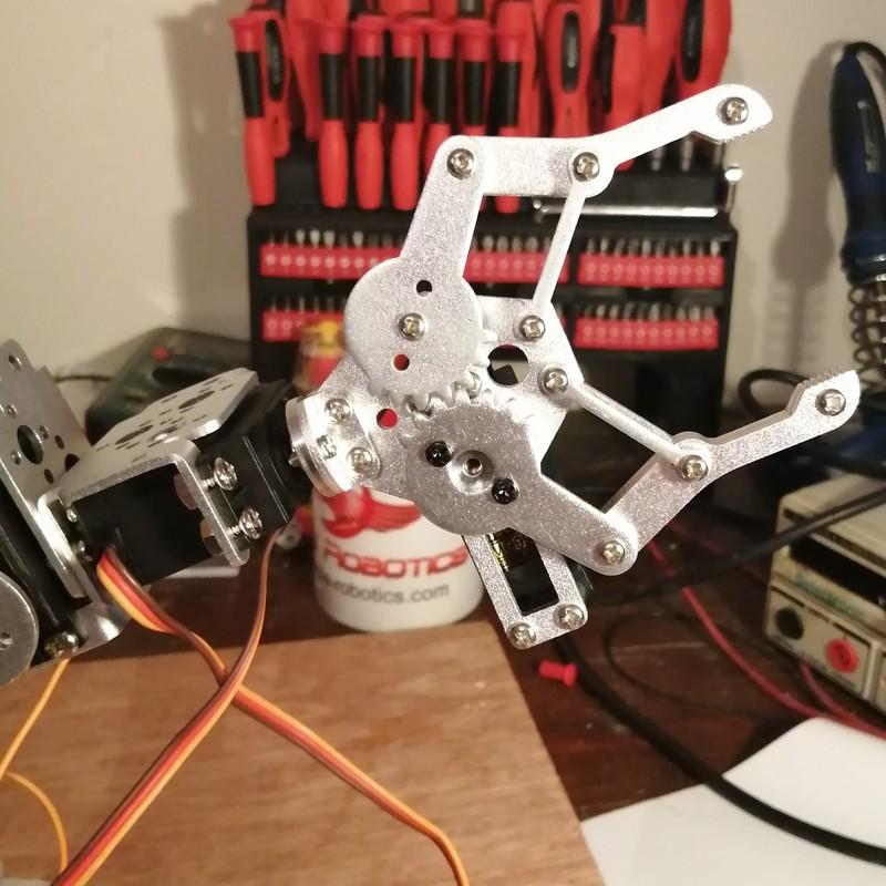Phase20-1 Montage Bras robot Arduino