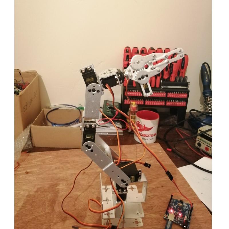 Phase20-3 Montage Bras robot Arduino